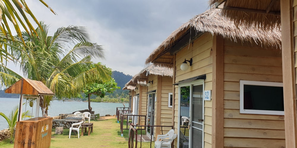 seafront bungalow resort restaurant west koh chang property