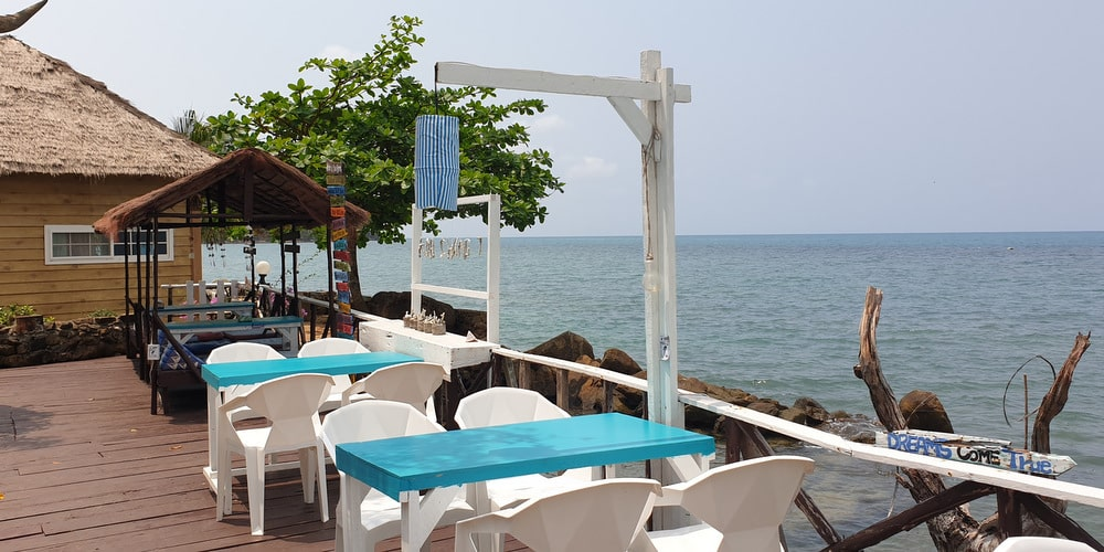 seafront-bungalows-resort-restaurant-sale-koh-chang-west-coast-1-2