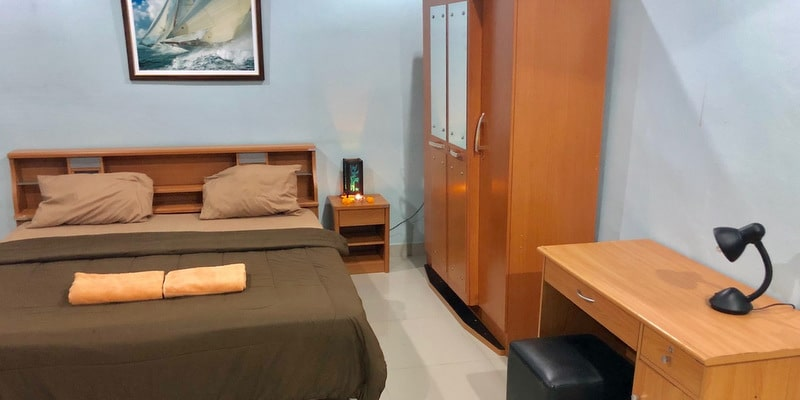guesthouse-sale-koh-chang-west-coast-room