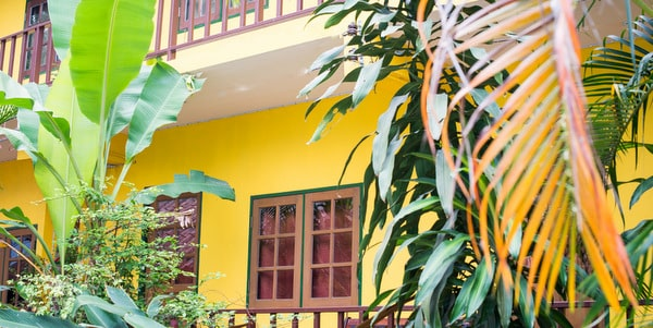 homestay-cafe-sale-koh-chang-exterior-1