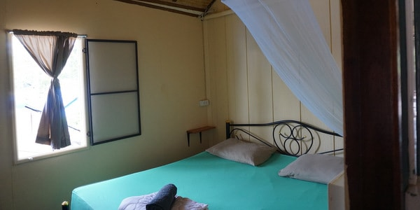 homestay-guesthouse-pizzeria-sale-koh-chang-room
