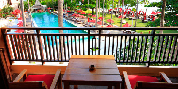 emerald-cove-koh-chang-balcony
