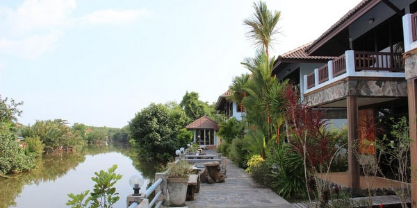 trat hotels guesthouses